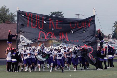 Photo Gallery: Varsity football defeats BVSW 28-10
