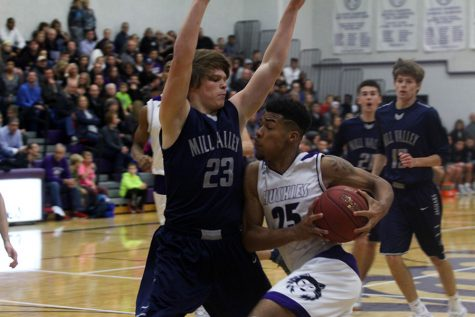 BVNW pulls away from MVHS to win season-opener, 78-53