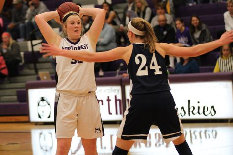 BVNW drops season-opener against Mill Valley in overtime, 39-44