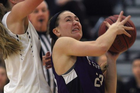 BVNW defeats BVHS in overtime, 49-45