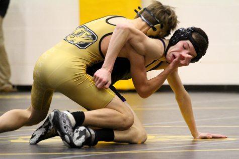 Wrestling wrangles BVHS in 50-21 win